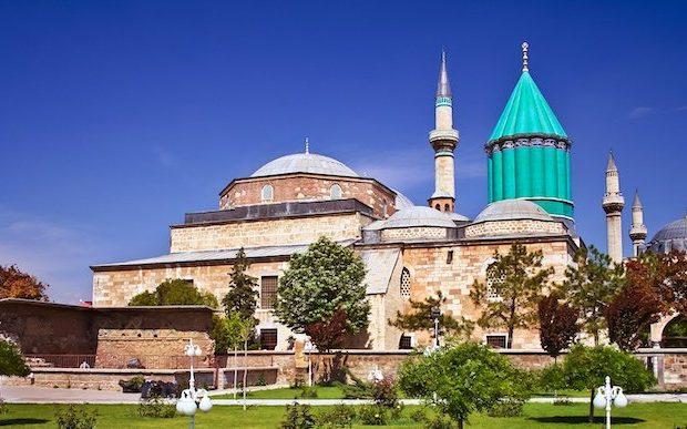 Mevlâna'nın izinde Konya